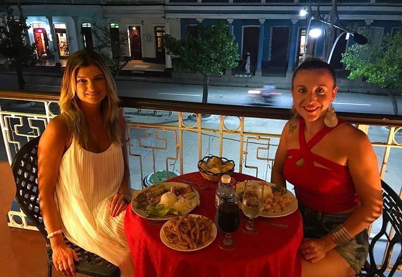Cenando en Doña Nora