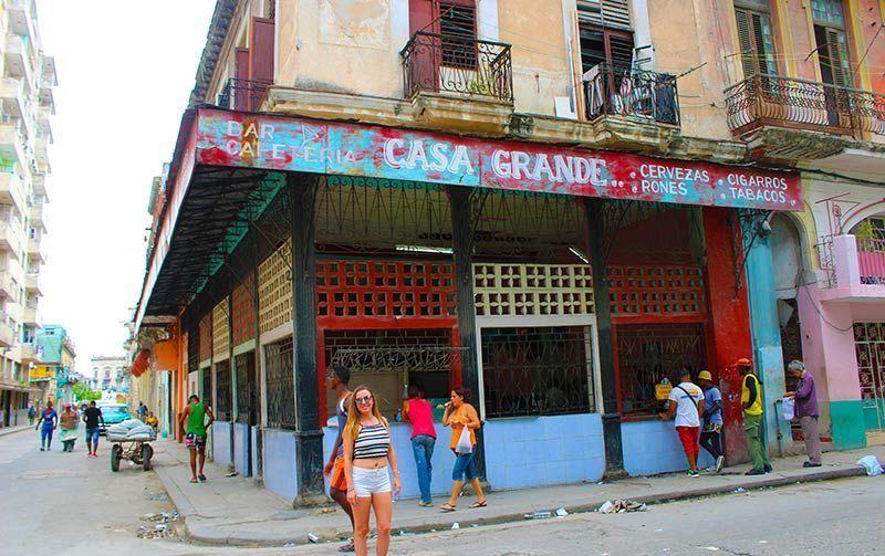 Bar en Habana Centro