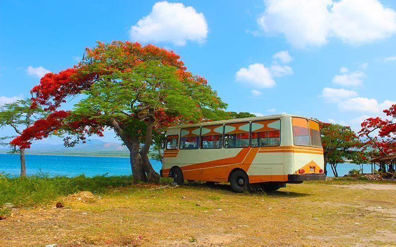 De camino a Playa Ancón