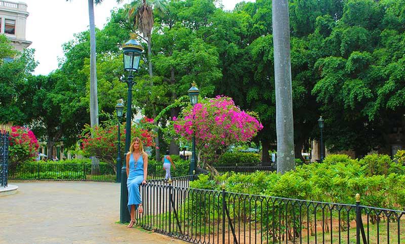 Plaza de Armas Habana
