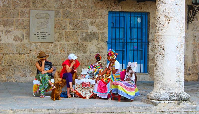 Santeras en la Plaza de la Catedral