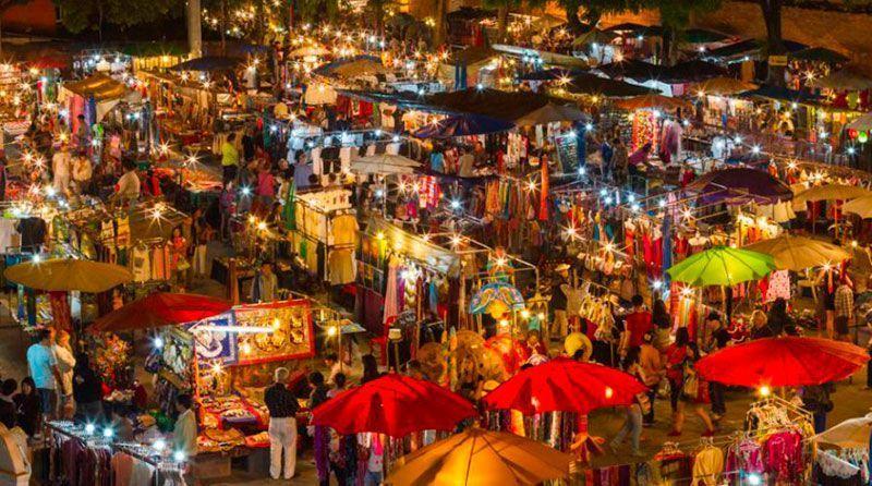 Chiang-Mai-Night-Bazaar