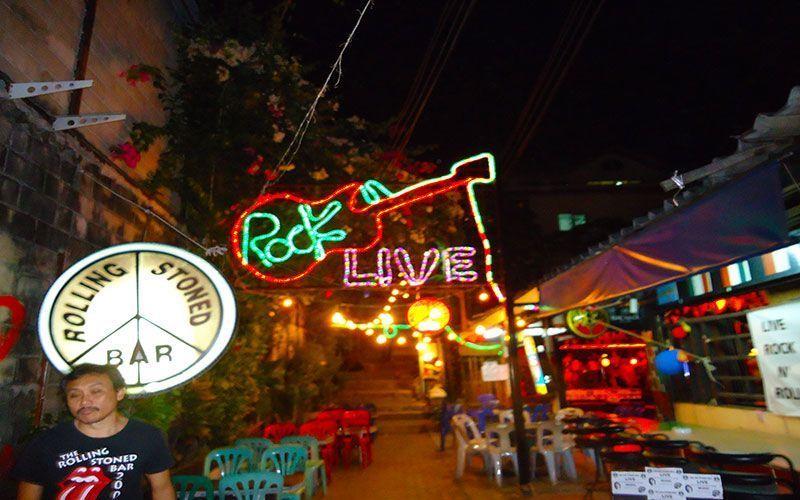 Vida Nocturna en las Phi Phi