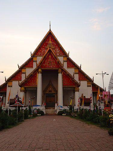 Wat Phra Mongkol Bophit